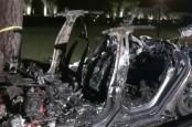 Kecelakaan yang Libatkan Mobil Tesla Tewaskan Dua Orang