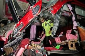 Kemenhub: Tiap Jam, 3 Orang Tewas Akibat Kecelakaan…