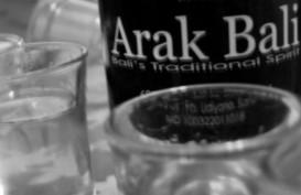 Setumpuk Problematika Bayangi Legalisasi Industri Arak Bali