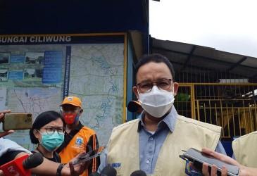 Jakarta Terapkan 'Jam Malam', Anies Berlakukan di RT Zona Merah