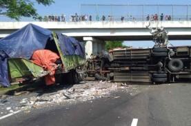 Waspada! KNKT: Tiap Bulan, Ada 36 Kecelakaan di Tol…