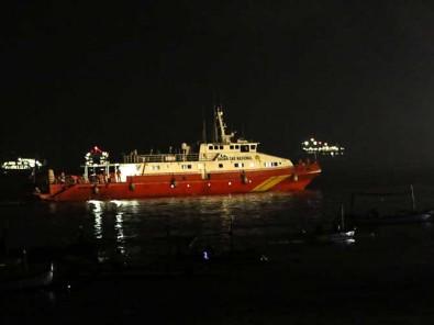 Tim SAR Terjunkan KN SAR Antasena 234 Untuk Mencari Kapal Selam KRI Nanggala 402 Yang Hilang Kontak