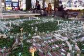 KINERJA MARKETING SALES    : Emiten Properti Laris Manis