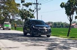 Mudik Lebaran Dilarang, Mobil Berpelat B, D, AB Lalu-Lalang di Jalan Alternatif Sragen