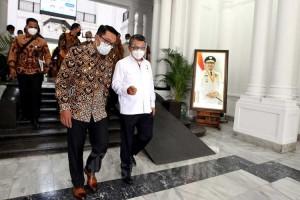 Menteri ESDM Arifin Tasrif Bertemu Gubernur Ridwan Kamil Bahas Pemanfaatan Sumur-Sumur Migas Marginal