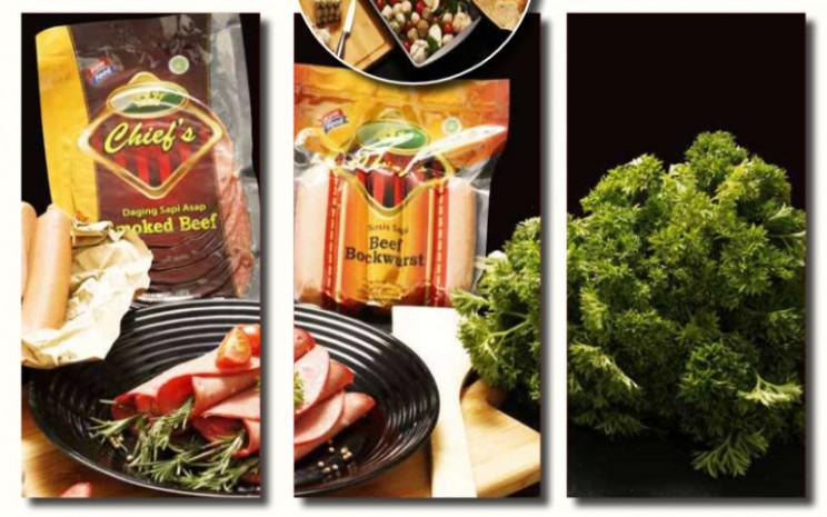 Strategi PT Sentra Food Indonesia Tbk. dalam menjaga kapasitas produksi adalah melakukan penetrasi pasar untuk menambah konsumen baru, di samping terus berinovasi produk dan memperkenalkannya ke pasar.  - Sentra Food