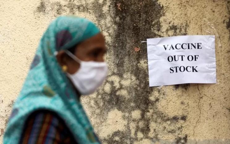 India kekurangan stok Vaksin Covid-19.  - Antara/Reuters