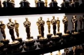 Ini Isi 'Goody Bag Super Mewah' Nominator Oscar 2021, Nilainya Capai Rp2,9 miliar
