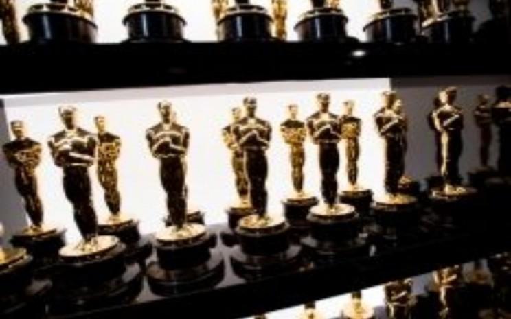 Piala Oscar.  - Academyaward.com