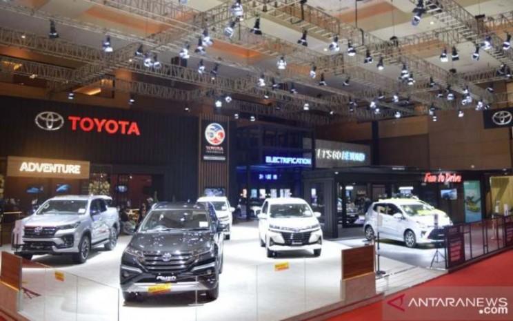 Toyota di IIMS 2021 (ANTARA - HO)