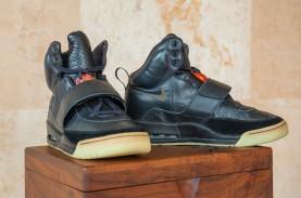 Prototipe Nike Air Yeezy 1 Milik Kanye West Dilelang,…