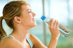 Anda Minum Air Berlebih? Ini Bahayanya Overhidrasi…