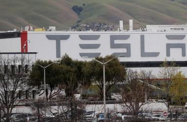 Mobil Listrik Tesla Didenda Soal Isu Lingkungan di Jerman