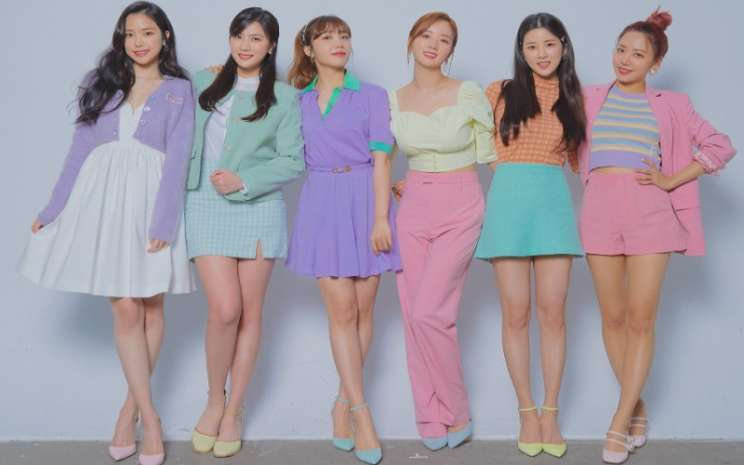 Teaser proyek single digital ulang tahun ke-10 Apink.  - Play M Entertainment