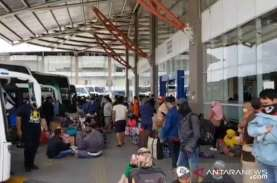 Perusahaan Otobus di Terminal Pulogebang Mulai Naikkan…