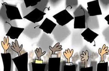Rektor UGM: Merdeka Belajar Jangan Hasilkan Sarjana Tanpa Kedalaman