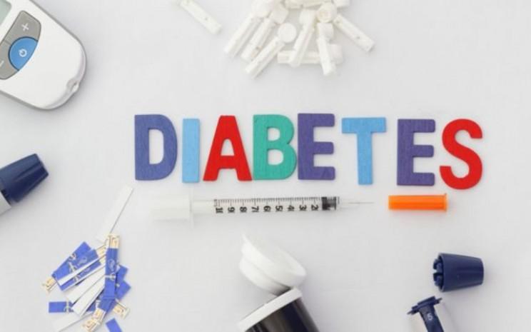 Diabetes adalah penyakit metabolik yang diakibatkan oleh meningkatnya kadar glukosa atau gula darah. Gejala diabetes bisa dilihat dari kulit. - Klikdokter/Shuttlecock