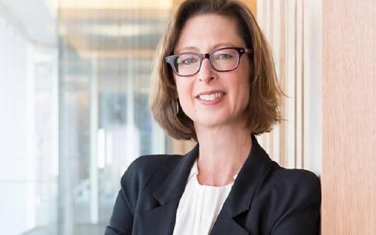 CEO Fidelity Investments Abigail Johnson  -  wealthmanagement.com