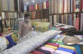 PMI Ekspansif, Industri Tekstil Malah Harap-Harap Cemas