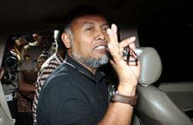 Novel Cs Tak Lolos Seleksi, BW 'Sambat' Soal Upaya Pembusukan KPK