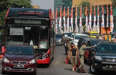 Larangan Mudik di Surabaya Paksa Sejumlah Kendaraan Putar Balik, Travel Ditilang dan Disita