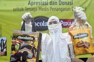GarudaFood Melalui Kegiatan Chocolatos Peduli Serahkan Donasi Untuk Tenaga Medis