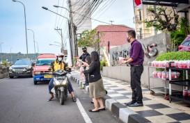 Noormans Hotel Semarang Bagikan Takjil Gratis