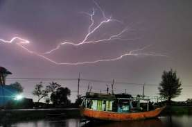 Cuaca Indonesia, Sejumlah Wilayah Diguyur Hujan Lebat…
