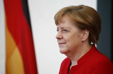 Angela Merkel Tolak Usulan Peniadaan Paten, Saham Produsen Vaksin Tertolong