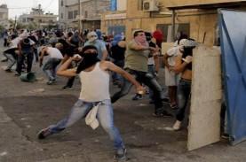 Bentrokan di Pecah di Masjid Al-Aqsa, 178 Warga Palestina…