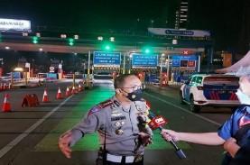 Penyekatan Mudik, Jumlah Kendaraan Keluar Jakarta…