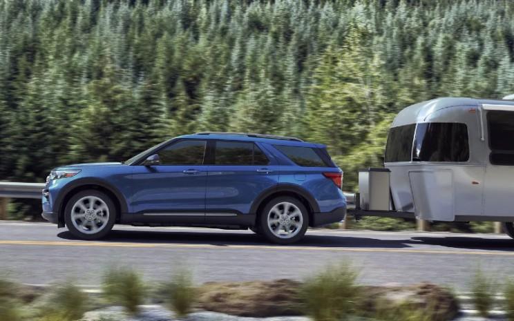 Ford Explorer didukung dengan fungsi towing dan Trailer Sway Control.  - Ford Motor