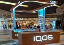 Salah satu gerai penjual produk rokok tanpa asap merek IQOS. Produk IQOS akan menjadi salah satu andalan Philip Morris International (PMI) menggantikan rokok konvensional. Istimewa