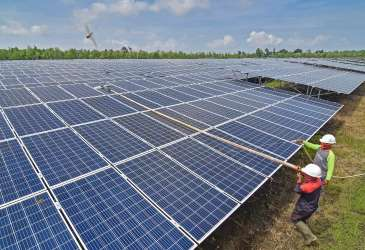 Tahap Awal Konversi PLTD, PLN Butuh Baterai Penyimpanan 1,8 GWh