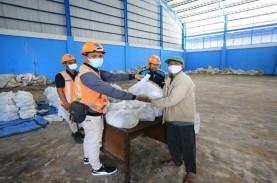 Pelindo III Salurkan 37.000 Paket Sembako untuk Warga…