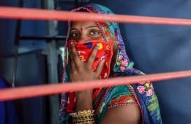 Duh, Vaksinasi dan Pengetesan India Melambat di Tengah Lonjakan Kematian