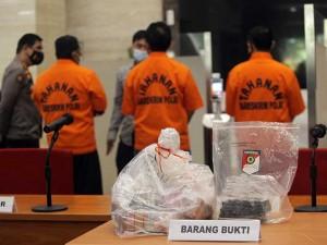 Bupati Nganjuk Tertangkap OTT KPK Dengan Barang Bukti Uang Senilai Ro647,9 Juta