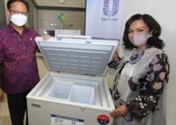 Unilever Indonesia Donasi 1.400 Kabinet Pendingin Vaksin