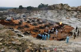 Krisis Kayu Kremasi, Puluhan Jenazah Pasien Covid-19 Mengapung di Sungai Gangga