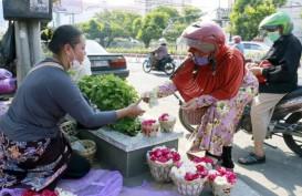 Kisah Pedagang Bunga di TPU, Berharap Ada Untung di Tengah Pandemi