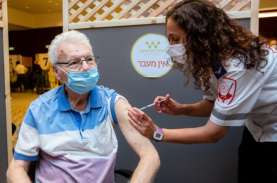 Pencegahan Covid-19, Program Vaksinasi Kurangi Risiko…