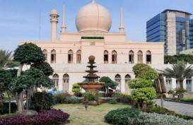 Ribuan Jamaah Ikut Salat Idulfitri di Masjid Al-Azhar Jakarta