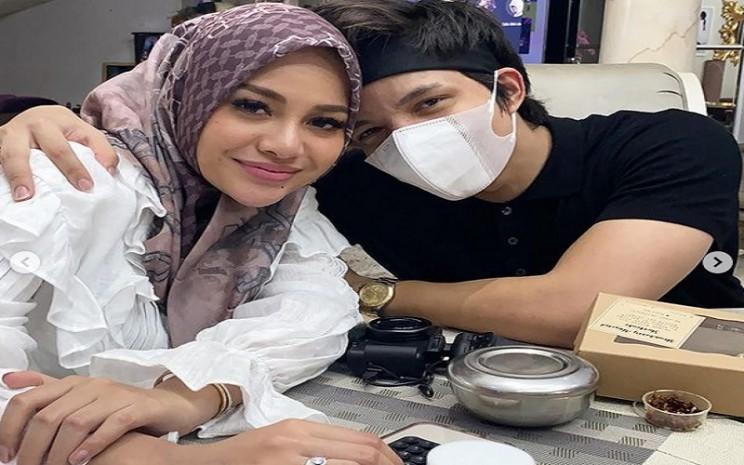 Aurel Hermansyah dan Atta Halilintar. - Instagram @krisdayantilemos