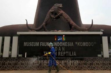 Lebaran Hari Ke-2, Ramai Warga Berwisata di Taman Mini Indonesia Indah