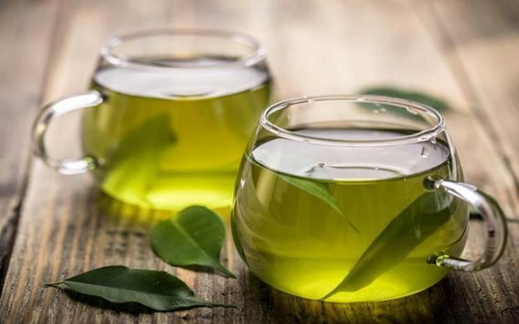 Secangkir teh hijau - istimewa