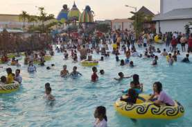Indramayu Melarang Wahana Water Boom Beroperasi