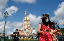 Disney World dan Taman Hiburan AS Bolehkan Turis Lepas Masker