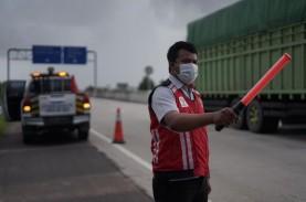 Petugas Tol Trans-Sumatra Beri Pelayanan Optimal kepada…
