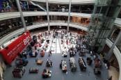 LARANGAN MUDIK LEBARAN : Omzet Mal di Daerah Meningkat