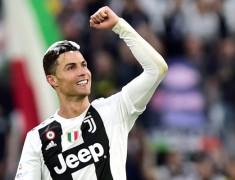 Juventus Terpuruk, Cristiano Ronaldo Makin Mantap Top Skor Serie A